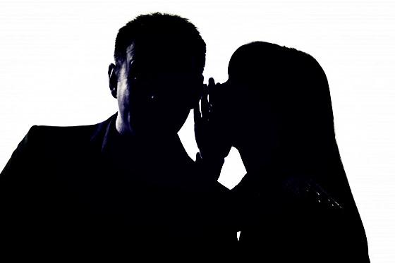 """弗洛伊德告诉我们:脱离了""""两性""""的陌生社交,命运只能交给纯洁的上帝-钛媒体官方网站"""