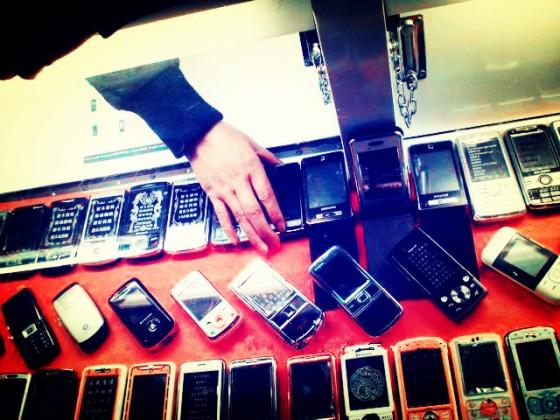 """中国手机市场遭遇前所未有的""""大幅度下滑"""",拐点至?-钛媒体官方网站"""