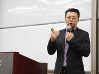 """宝岛眼镜CEO王智民""""干货""""分享:如何抓住消费者的痛点"""