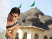 小长假最感人之《我的个神啊》,印度电影编剧为何常有神来之笔?