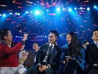 """王凯把""""第一次""""给了周鸿祎,你也要习惯把奇酷唤作360手机了"""