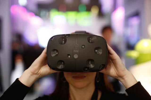 """如果卖掉手机业务去搏VR,HTC能实现""""断臂求生""""吗?-钛媒体官方网站"""
