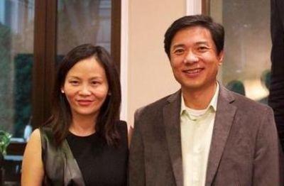 Li Yanhong and his wife Ma Dongmin