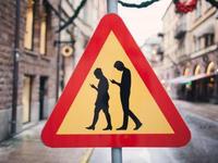 """即便只是改变""""低头""""这个动作,VR也能拯救人类关系"""