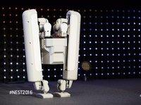 【钛晨报】谷歌子公司推出新款黑科技机器人,可以爬楼梯擦楼梯