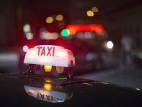 """从重庆滴滴和出租车争扯,看共享经济的""""转正困境"""""""