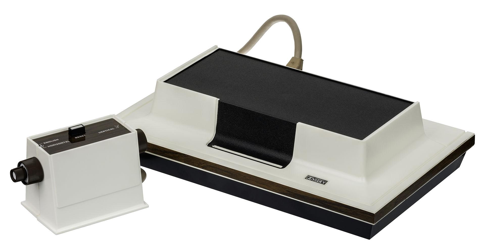 米罗华奥德赛是历史上第一台手柄游戏机 来源: Evan-Amos