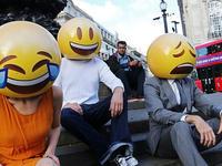 迪士尼推出新的emoji表情,米老鼠的表情包你准备接吗?
