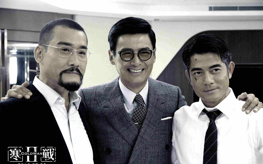 《寒战2》里的三个大叔级男性,郭天王状态最年轻。