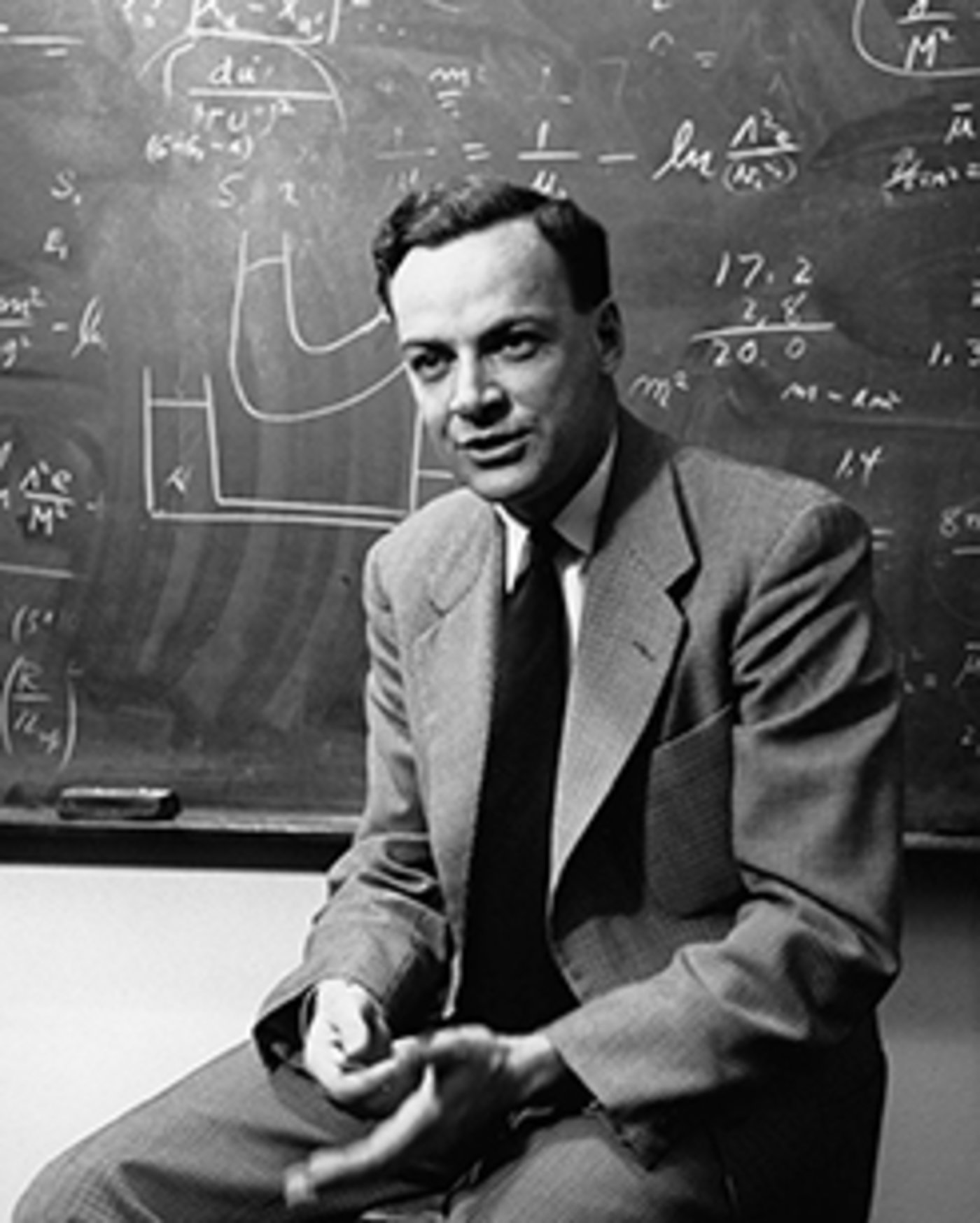 费曼相信,一台基于量子力学现象的计算机在模仿量子力学现象上有着近水楼台先得月的先天优势。