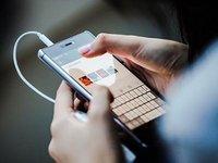 微信朋友圈可以从相册上传视频了,但比用户更高兴的也许是广告主
