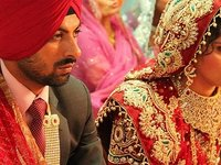 """在将珠宝视为女性""""标配""""的印度,网上卖首饰是一门大生意"""