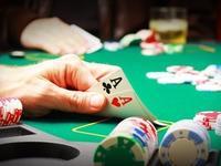 【钛晨报】匹兹堡赌场上演德州扑克人机对决,人工智能上半程领先
