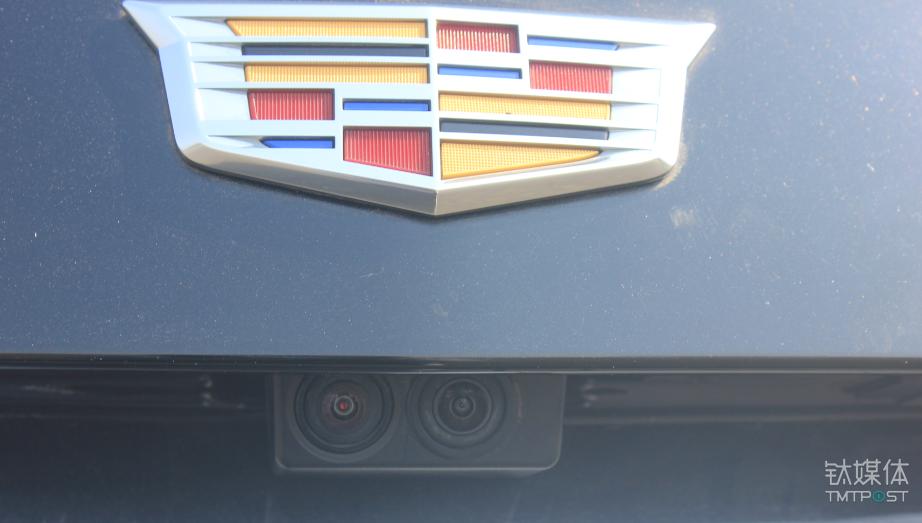 流媒体摄像头和倒车影像摄像头