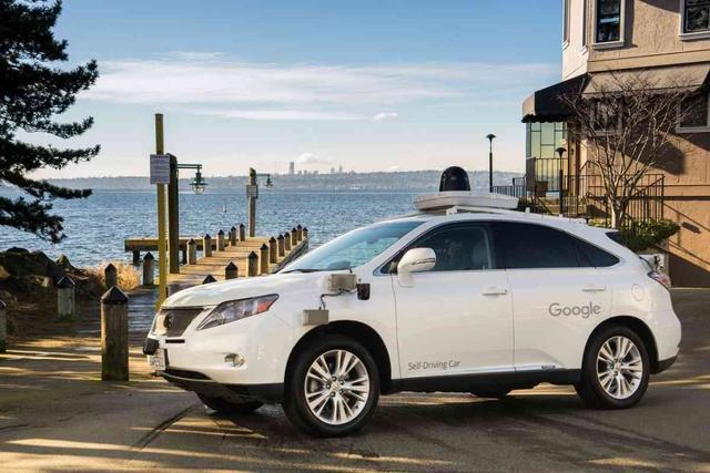 谷歌的无人驾驶测试里程达到220万英里