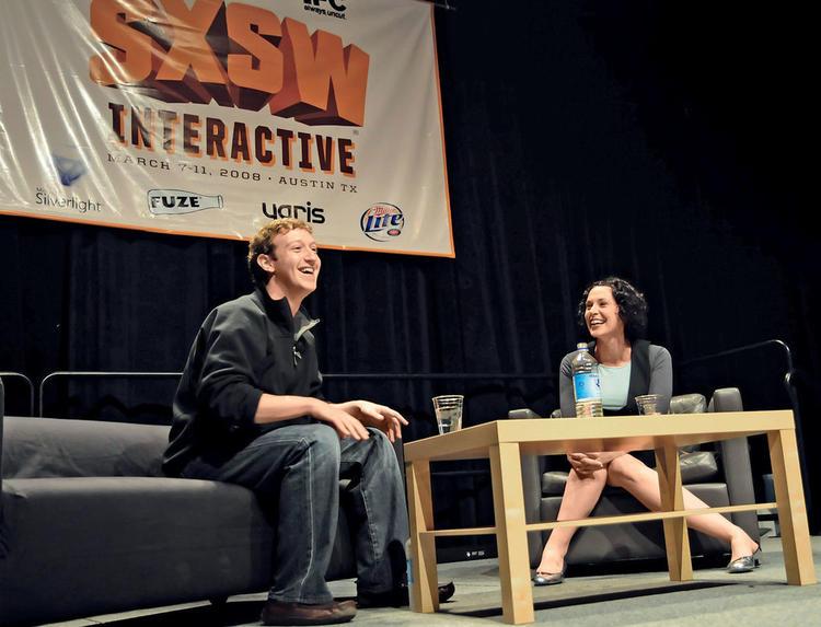 2008 年Facebook 创始人马克·扎克伯格参与SXSW。图片来源/bing