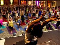 北美瑜伽品牌 lululemon 正在俘获中国用户,但它要小心 UA 曾犯过的错