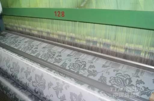 300年前的自动提花编织机技术沿用至今
