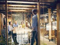 【书评】《让大象飞》:为什么小团队创业更容易一鸣惊人?