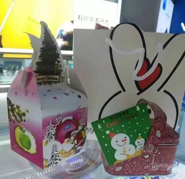 小舒为导购员准备的圣诞节礼物,图片提供:小舒