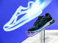 小米生态链企业又一款智能跑鞋问世,内置英特尔 Curie 芯片