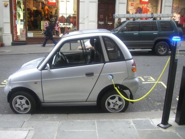 基础设施薄弱,印度想在2030取消烧油车,这靠谱吗?-钛媒体官方网站