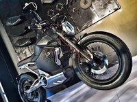 """刷新对电动摩托车的认知后,SOCO想让""""复古骑行文化""""重回主流"""
