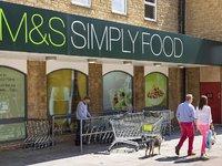 押宝食品业务的马莎百货,为挣扎中的百货业找到了救命稻草?