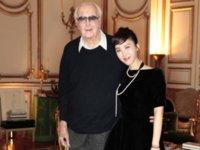 吴建民大使去世一周年,田朴珺做了条巴黎主题片向他致敬