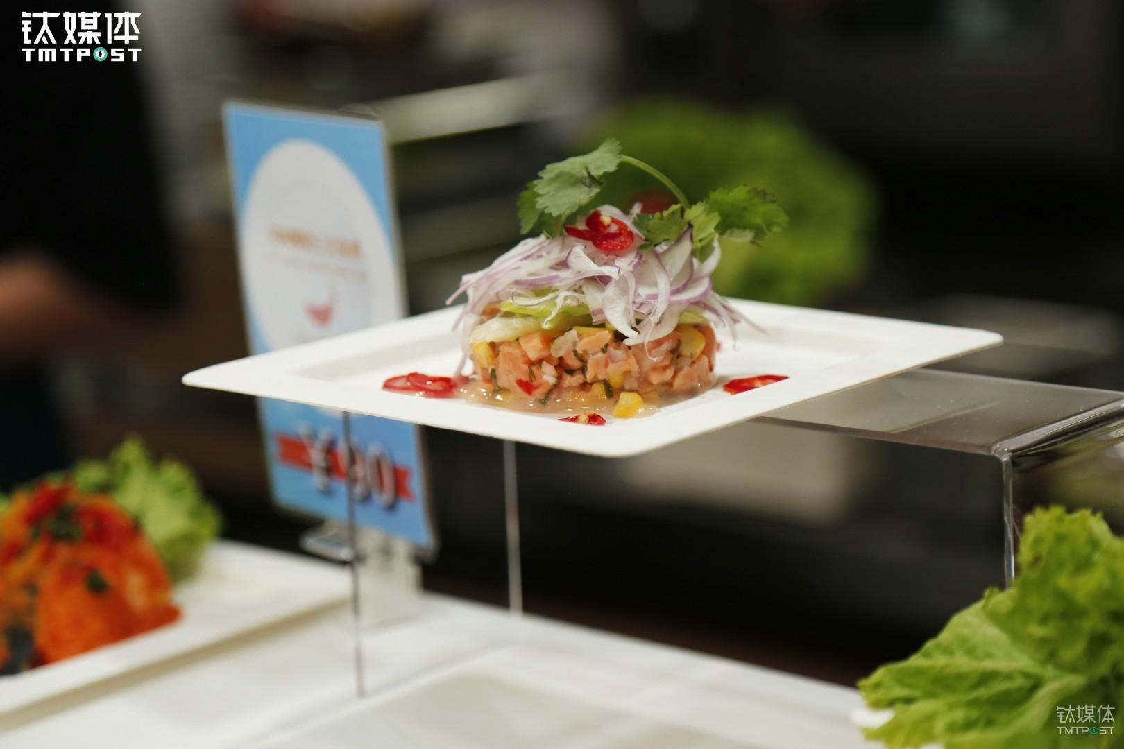 Superme Salmon是全球最大的三文鱼供应商美威旗下的主题餐厅,据说全世界每四条三文鱼就有一条来自美威。