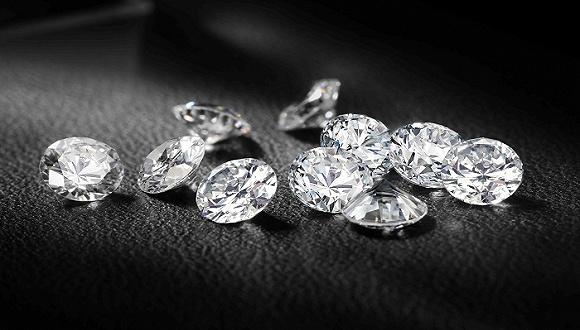 大妈们最爱的周大福押宝钻石业务,年轻人会买账吗?