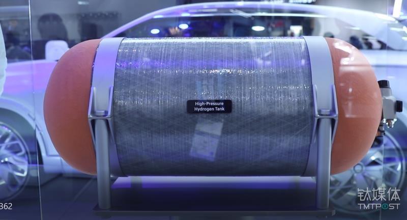氢燃料动力汽车的储氢罐