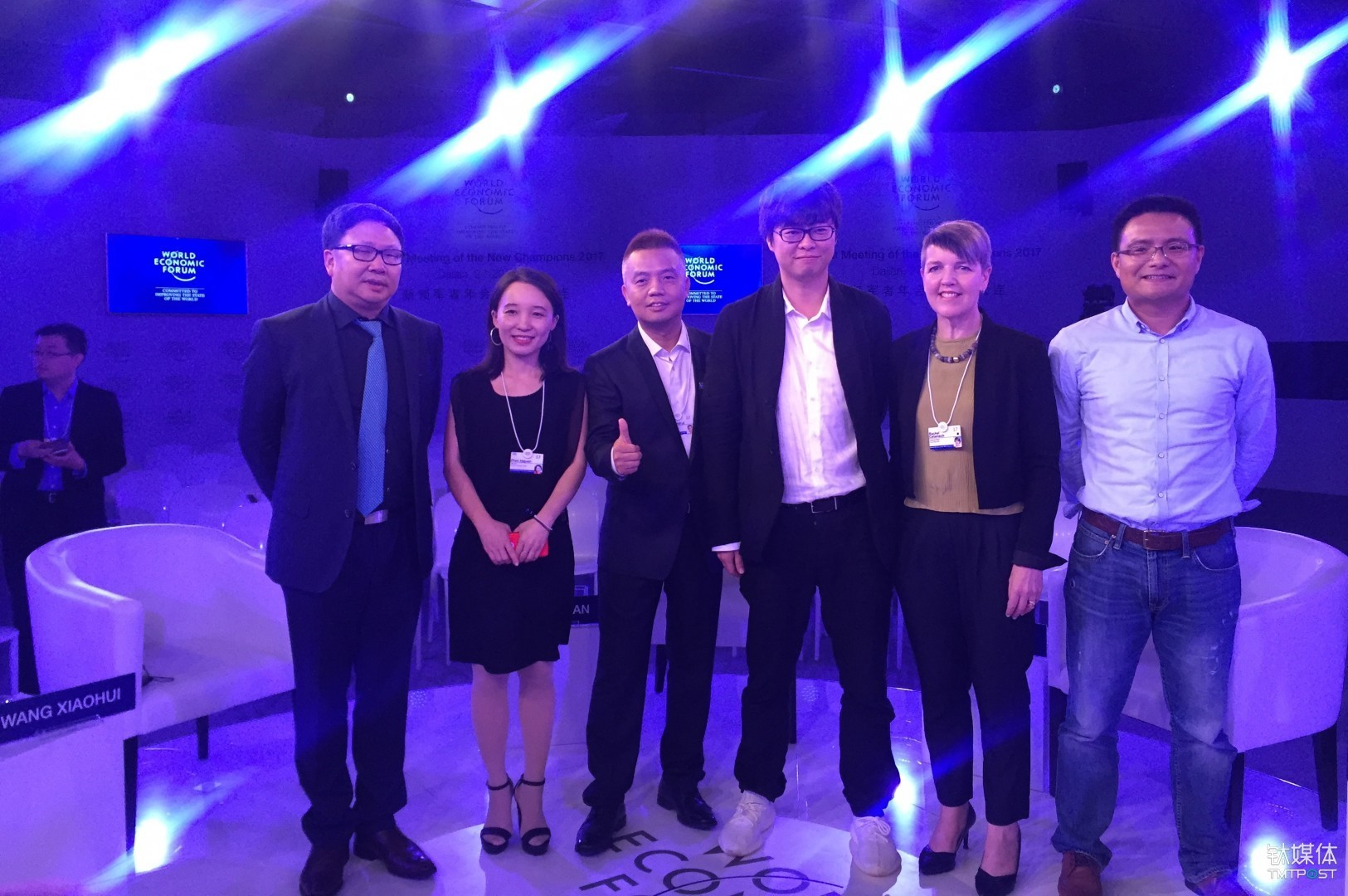 From left to right: Wu Bofan, president of Beijing Bofanstime Media Co., Ltd, Zhao Hejuan, founder and CEO of TMTPost, Wang Xiaohui, Chief Content Officer of iQiyi, Ying Shuling, CEO of Yingxiong Entertainment, Rachel Catanach, president of Fleishman Hillard's China operations and Zhang Chi, vice president of China Cultural Industry Fund.