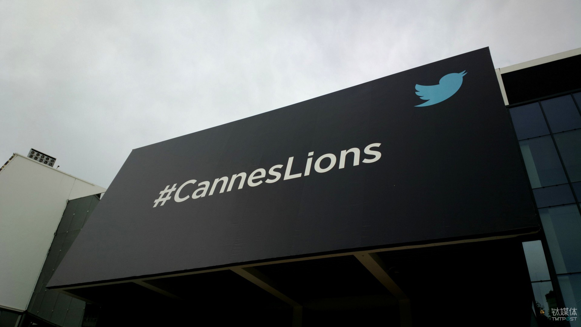 2012年的戛纳金狮和 Twitter 的结合 来源:Windows Blog