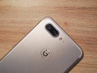 金立发布四摄新机S10,撞脸iPhone 7 Plus,争抢年轻用户