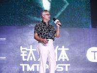 火人节创办人约翰·洛:放肆的艺术精神如何推动技术发展