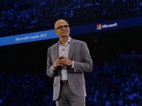 微软CEO反思:我们正面临4.5万亿美元数字化商机