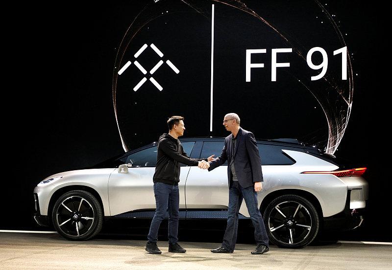 2017年1月3日,美国拉斯维加斯,乐视电动车初创公司法拉第未来(Faraday Future,即乐视FF)在CES 2017大会上正式发布首款量产电动车FF91。