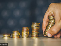 如果投资人去休假了,想要融资的你该怎么办呢?