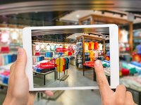 """刘强东:在智能商业时代,未来零售的图景是""""无界""""和""""精准"""""""