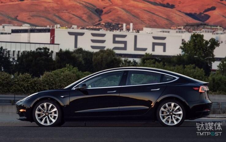 特斯拉Model 3。图片来源/techcrunch.com