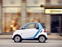 """共享汽车还得""""慢""""些开,创业者或将面临三大坑"""