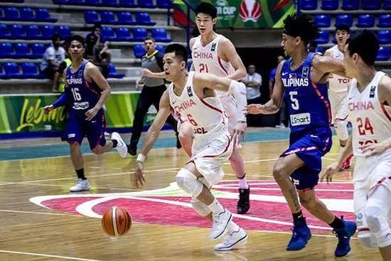 篮球培训迎来白刃战,这里或许有中国篮球的真正出路