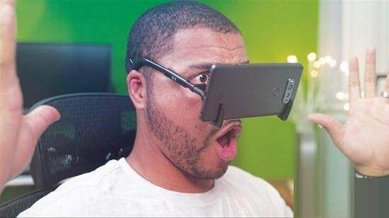 新物种VR手机:究竟是试错者还是搅局者?