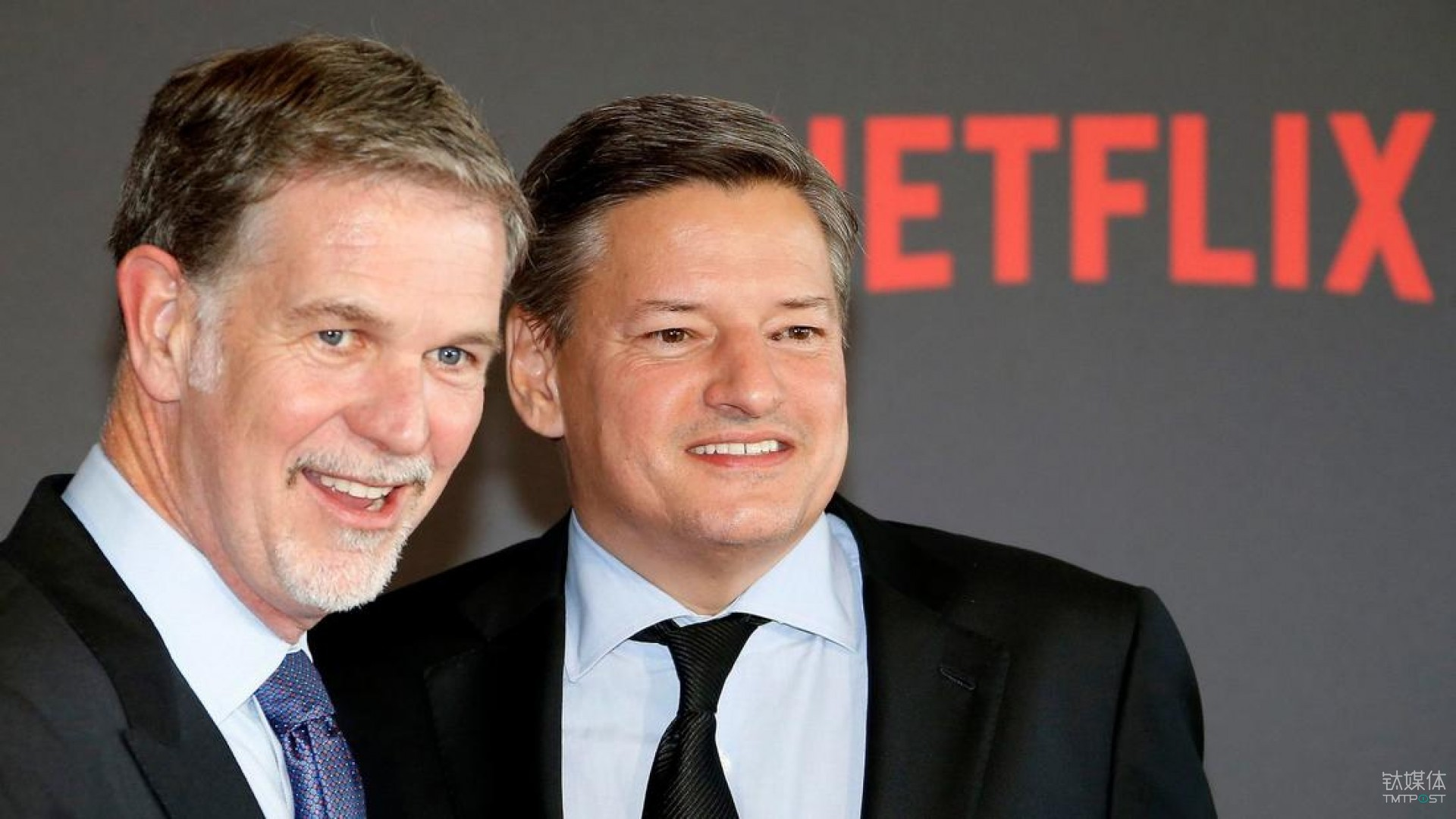 Netflix co-founder and CEO Reed Hastings, left, and Chief Content Officer Ted Sarandos in 2016. (Guillaume Horcajuelo / EPA)