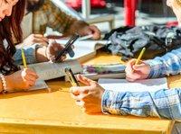 近30所高校上线小程序,饭卡图书卡也将成为历史了?  钛快讯