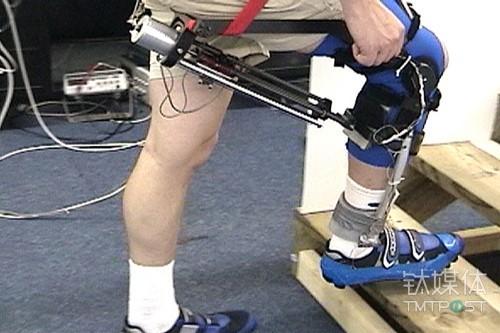 膝关节机器人