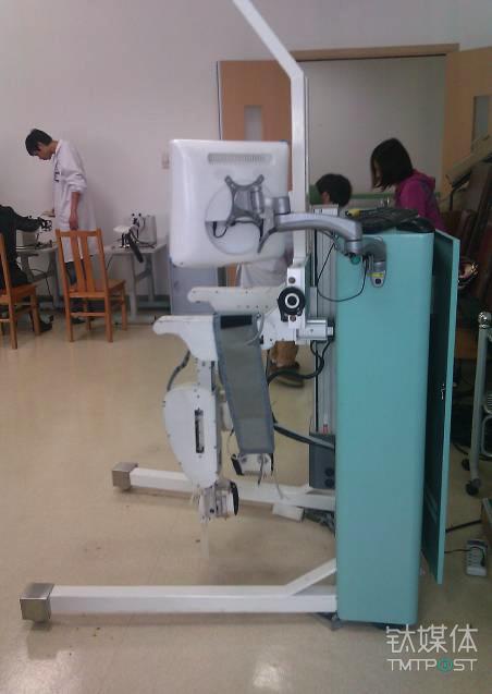 上海交大的机器人