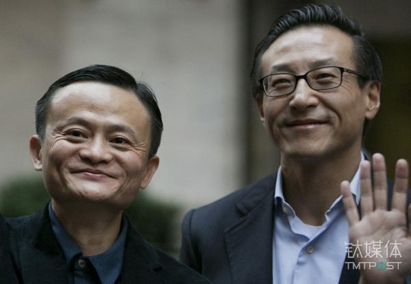 马云(左)和蔡崇信(右),图片来源于视觉中国