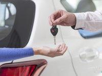 二手车纷纷做起新车业务,瞄准的是万亿汽车金融市场